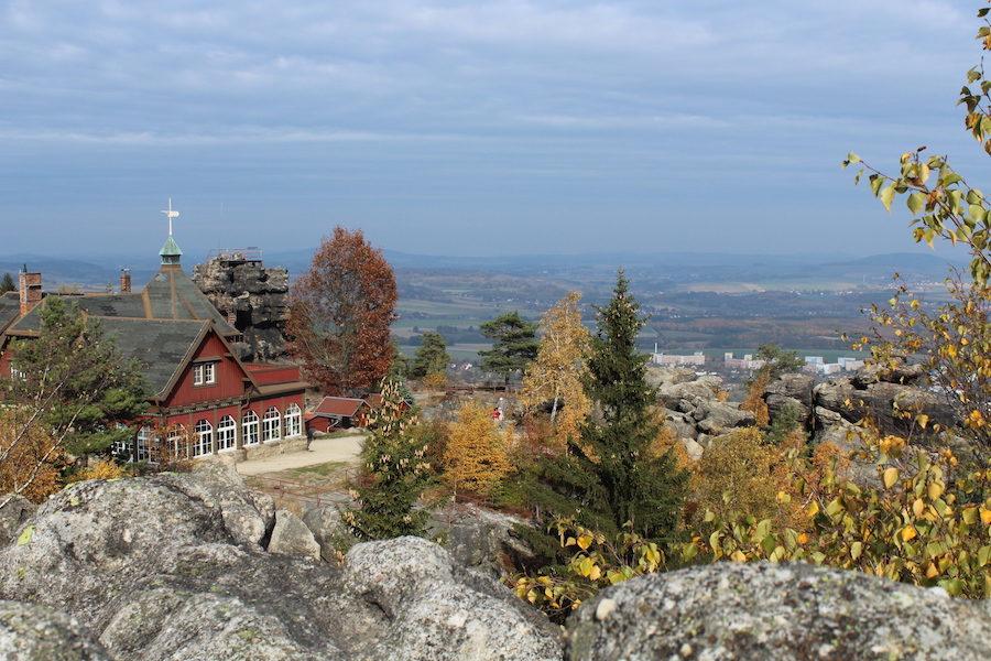 Töpferbaude im Zittauer Gebirge mit Blick nach Norden