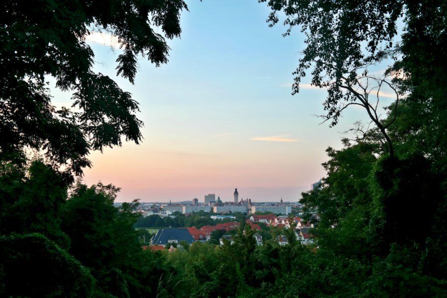 Sonnenuntergang über Leipzig auf dem Fockeberg
