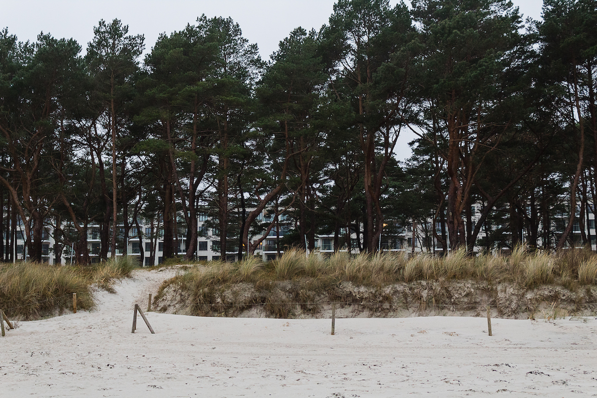 Der Touristikkomplex Prora im südlichen Teil, renoviert zu luxuriösen Ferienwohnungen