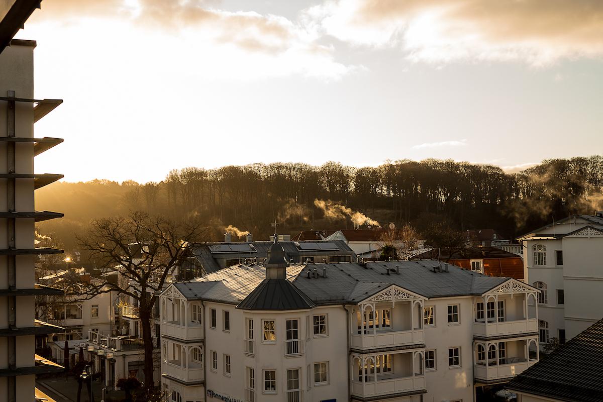 eindrucksvoller Morgen auf Rügen im Winter