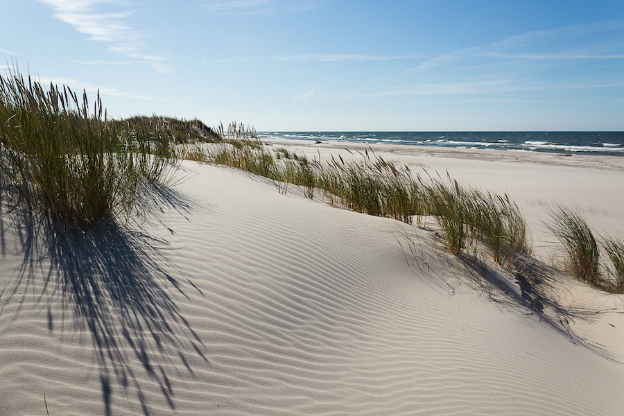Feiner Sandstrand hinter den berühmten Leba Wanderdünen