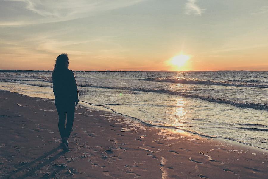 Die Sonnenuntergänge an der Ostseeküste laden zum verweilen ein
