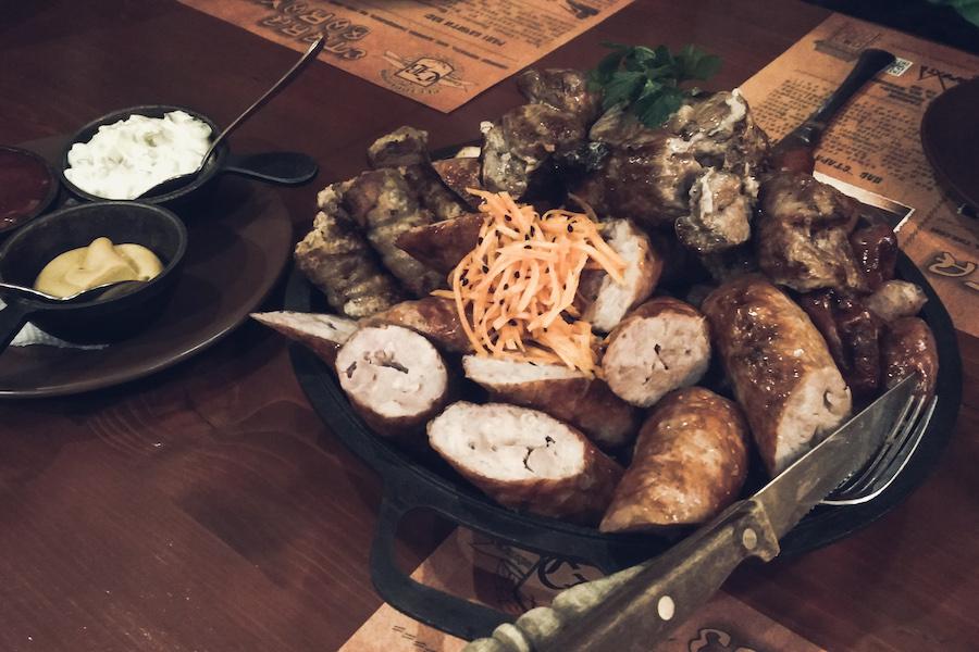 Abendessen in der Karpatenukraine