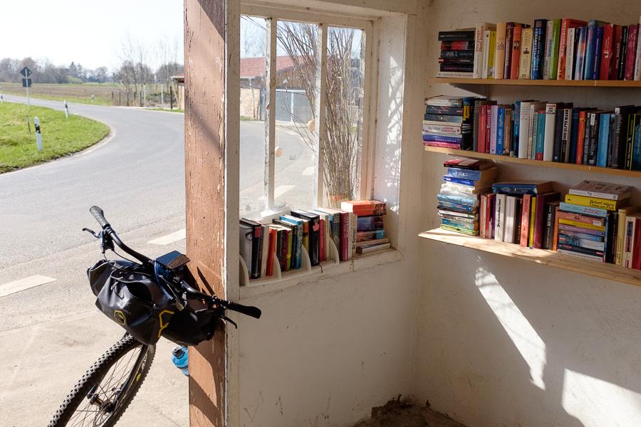 Bücherhaus im Oderbruch