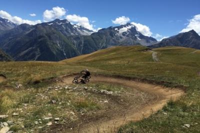 moutainbiking in Les Deux Alpes, France