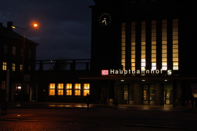 Hauptbahnhof Zwickau am Morgen